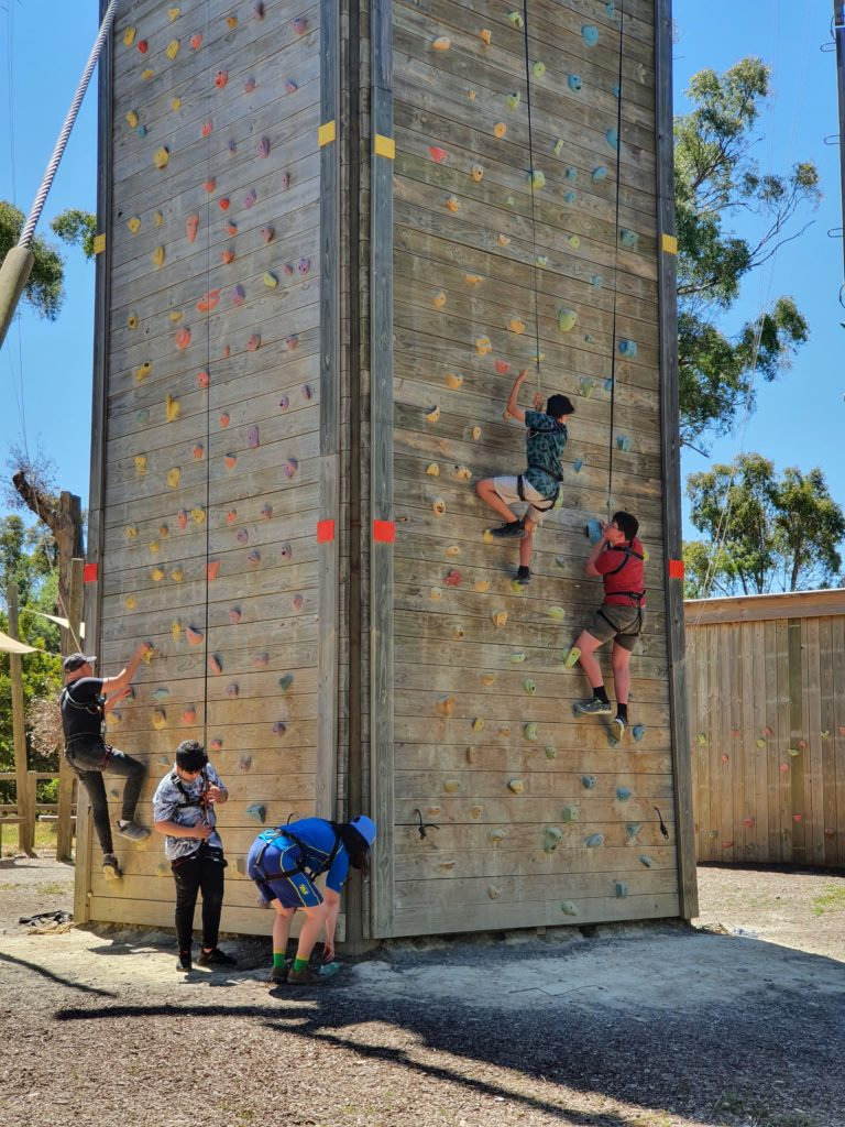 Junior School / Engagement and Wellbeing 1